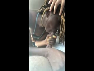 Cumshot in the hair of black hooker
