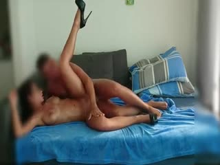 Sex without condom with redhead escort