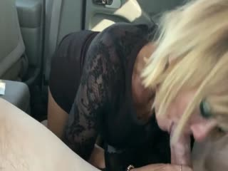Blowjob and creampie in the car 1